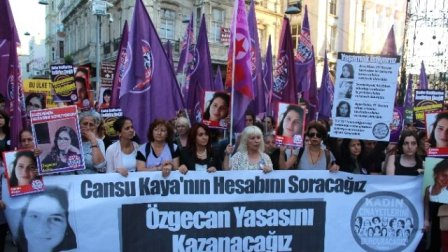 cansu kaya icin taksim de protesto yuruyusu 7434120 x o