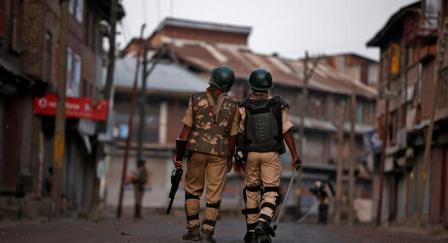 Hindistanda polis 16 kadına tecavüz etti